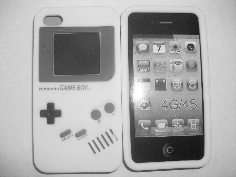Funda de Game Boy para iPhone 4